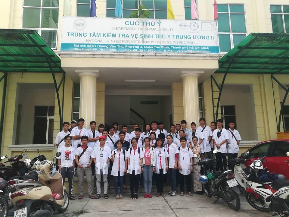 Sinh viên khoa thú y